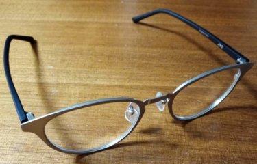 追記)【レビュー】JINSでメガネを購入。ネットでフレーム購入し、店舗でレンズを入れてみた