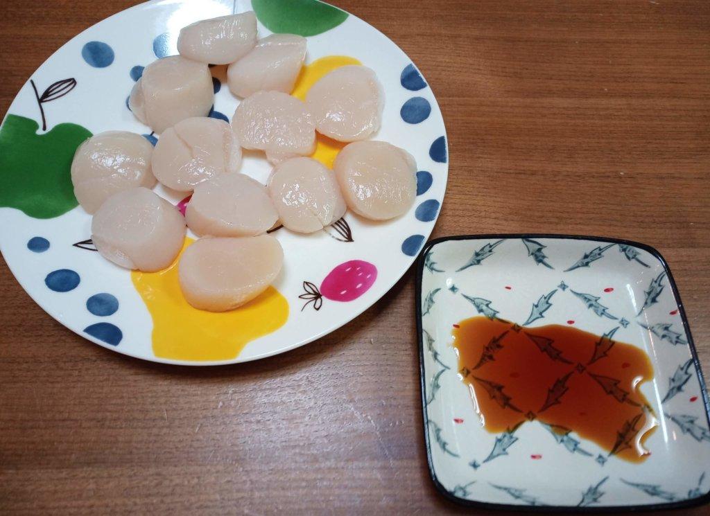 ホタテ貝柱刺身と醤油