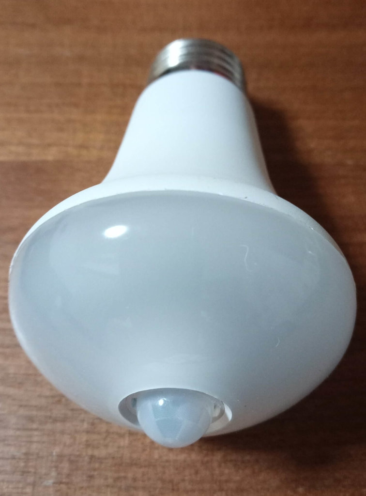 人感センサー付LED電球